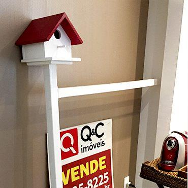 placa-imoveis-casinha-passarinho-design